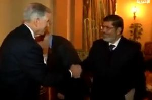 Jimmy Carter bersama Morsi 4