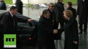 Morsi dan Angela Merkel 2