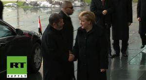 Morsi dan Angela Merkel 4
