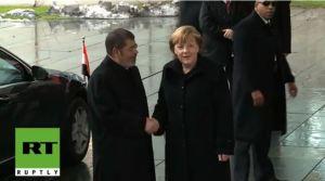 Morsi dan Angela Merkel 5