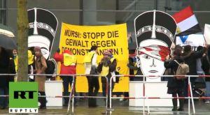 Morsi dan Angela Merkel 9